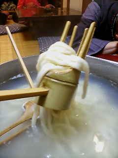 上山田温泉のおしぼりうどん1